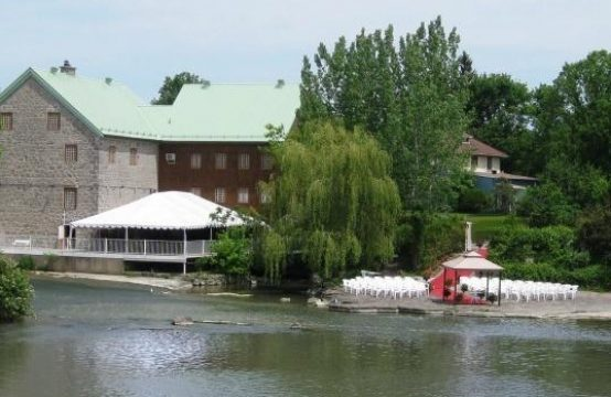 MILL-Waterfront Commercial property